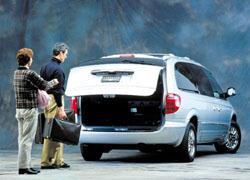 2001 DaimlerChrysler minivan power liftback