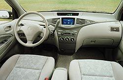 2001 Toyota Prius dash