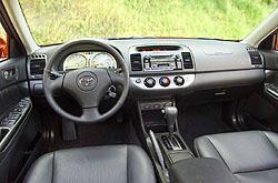2002 Toyota Camry SE interior