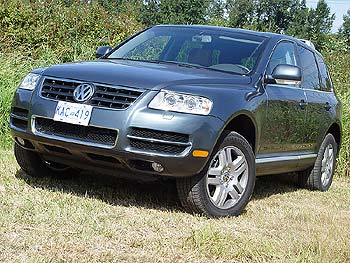 test drive 2004 volkswagen touareg v8. Black Bedroom Furniture Sets. Home Design Ideas