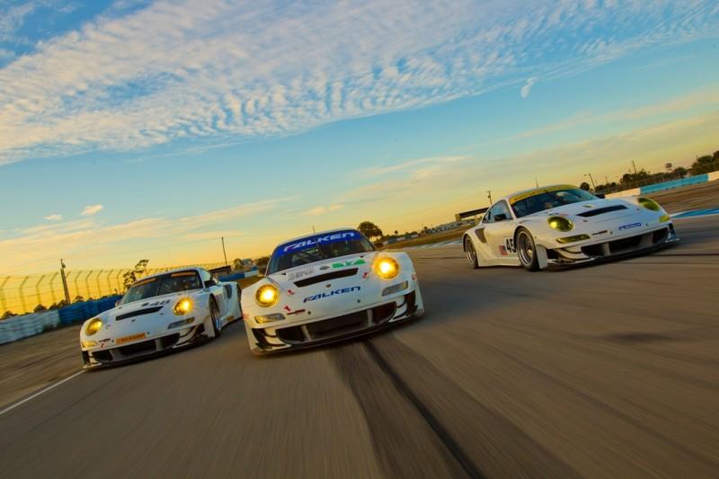 2012 Porsche 911 GT3 RSR Group Shot