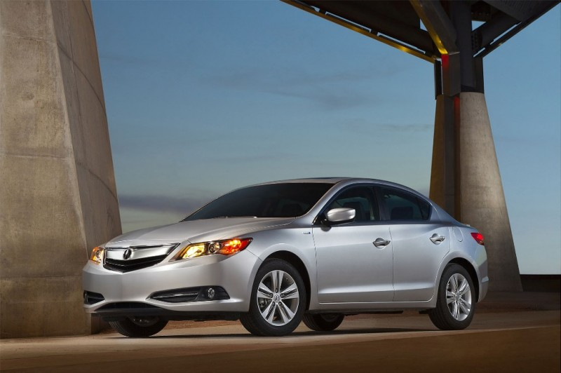 Acura Unveils 2013 ILX Hybrid in Vancouver general news auto news