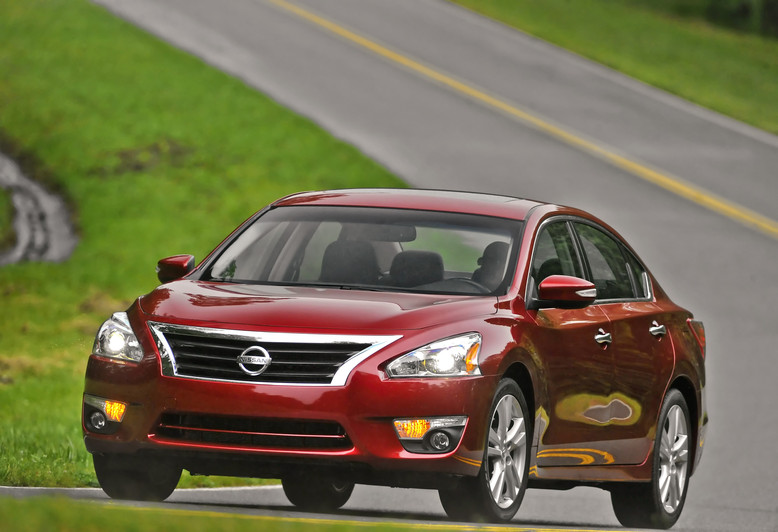 2013 Nissan Altima is Coming to a Town Near You general news