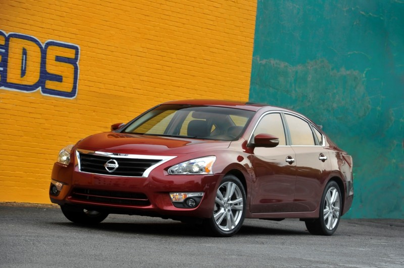 2013 Altima Fuel Figures Announced general news