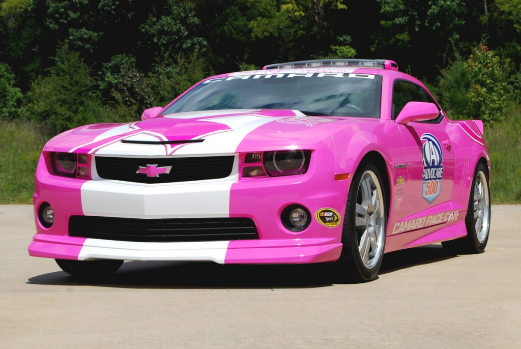 Camaro Pace Car Goes Pink to Fight Breast Cancer  general news