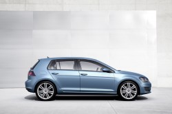 2014 Volkswagen Golf04