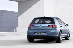 2014 Volkswagen Golf07