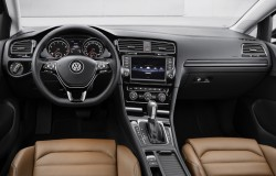 2014 Volkswagen Golf09