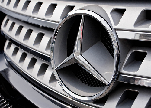 Mercedes Benz Breaks Ground on New Dealership general news