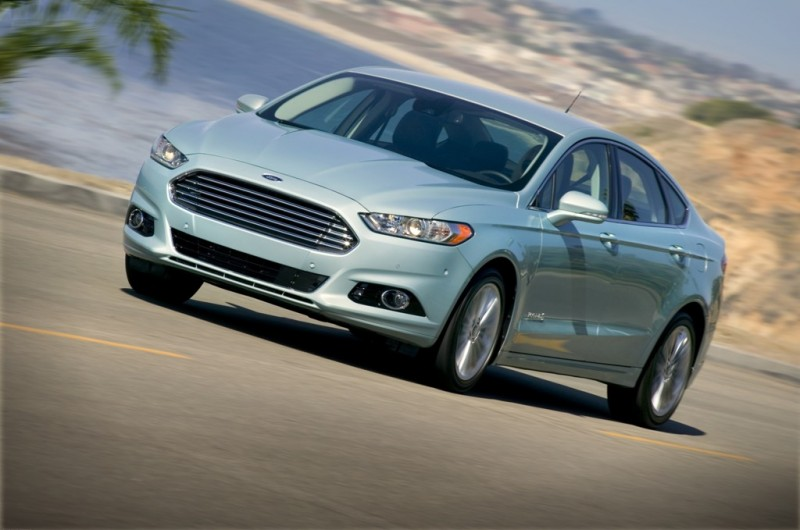 Ford Fusion Earns Top Safety Pick general news