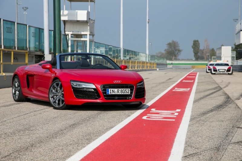 2014 R8 and 2014 RS 5 Cabriolet to Debut in Detroit general news