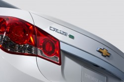 2014-Chevrolet-Cruze-TD-003-medium