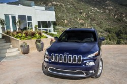 Jeep officially drops 2014 Cherokee images after leak general news