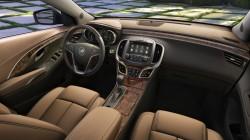 2014-Buick-LaCrosse-003