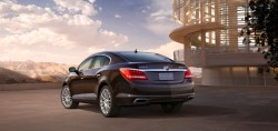 2014-Buick-LaCrosse-007
