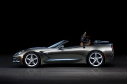 Corvette Stringray Convertible brings hot apple pie to Geneva general news car culture auto shows auto news geneva2013 2013 autoshows