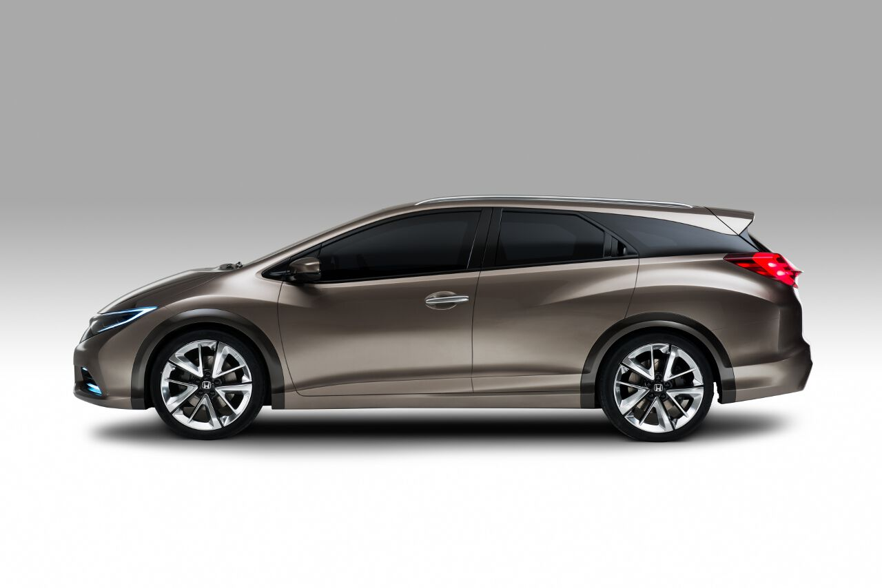 Honda Civic Tourer is the wagon we aren't allowed to have - Autos.ca