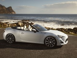 Toyota flips its lid with Geneva bound GT 86 Open concept general news