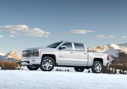 2014-Chevrolet-SilveradoHighCtry-042