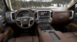 2014-Chevrolet-SilveradoHighCtry-045