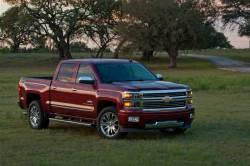 2014-Chevrolet-SilveradoHighCtry-053