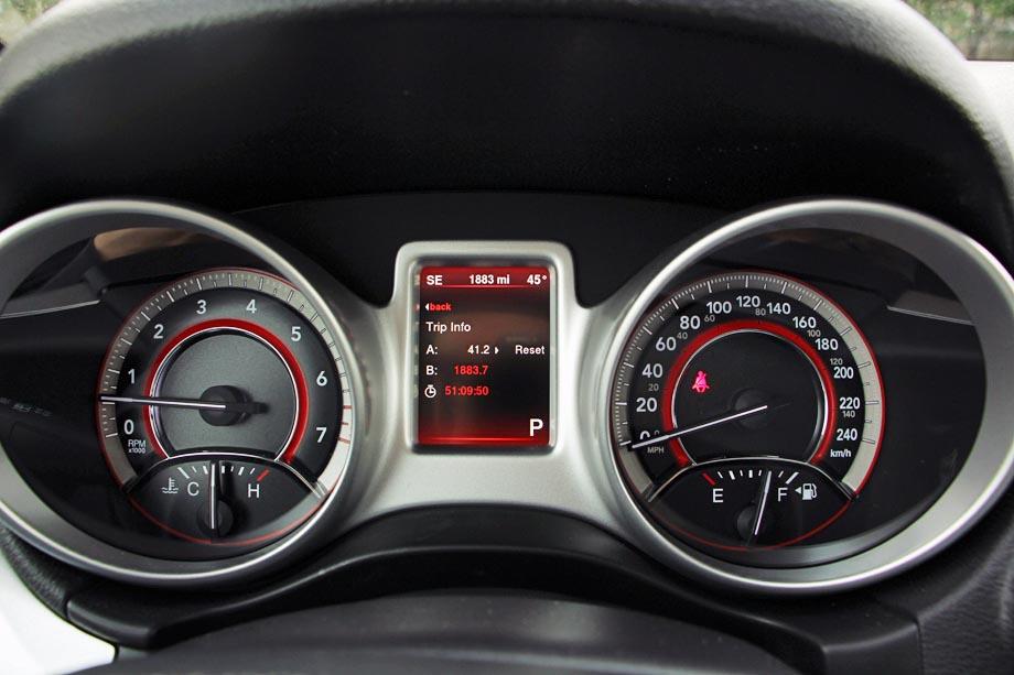 Dodge Journey Rt Rallye Awd Jy on 2005 Nissan Pathfinder Gauges