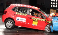 VW_Polo_no_airbags_ZERO_STARS