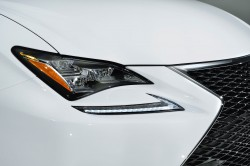 2015_Lexus_RC_350_F_SPORT_011