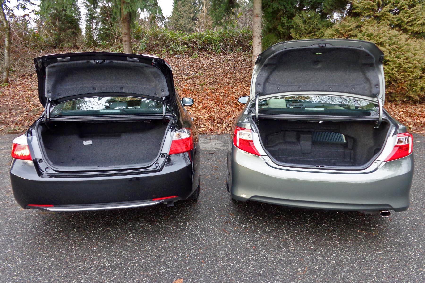 2014 Honda Accord Hybrid vs 2014 Toyota Camry Hybrid Autos