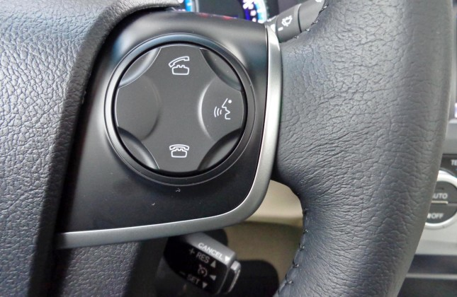 Comparison Test 2014 Honda Accord Hybrid Vs 2014 Toyota Camry Hybrid | 2017 - 2018 Best Cars Reviews