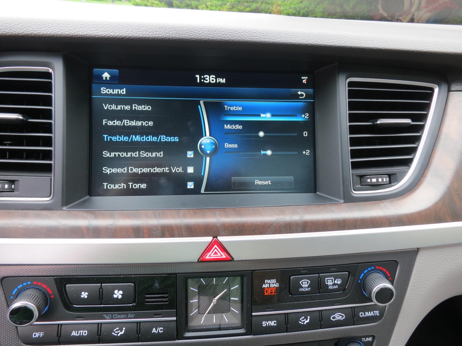 2015 Hyundai Genesis Lexicon audio