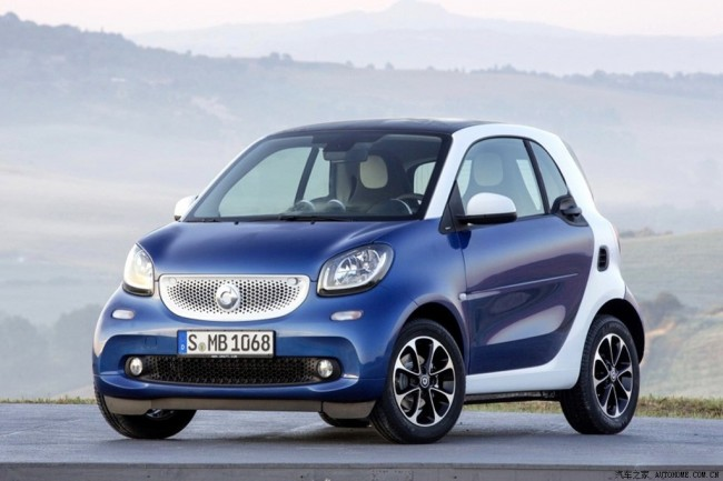 2015-Smart-ForTwo-ForFour_1