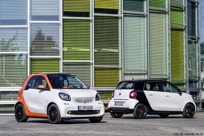 2015-Smart-ForTwo-ForFour_4