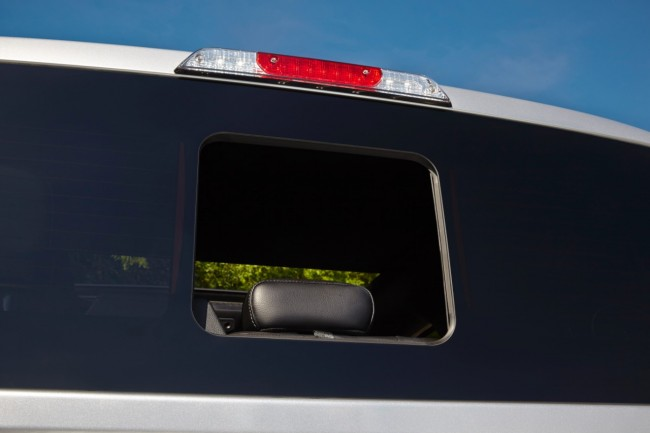 2015 Ford F 150 Gets Seamless Sliding Rear Window general news auto news