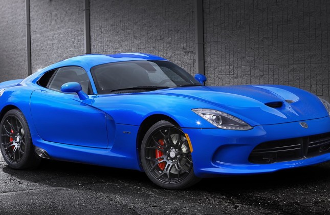 Simple Quick Spin 2015 Dodge Viper SRT GTS  Autosca