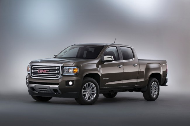 2015-GMC-Canyon-SLT-Crew-Cab-Front-Three-Quarter-in-studio-007-medium