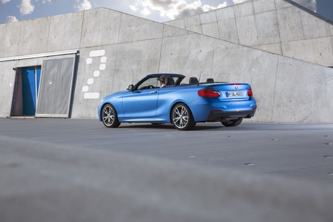 2015_bmw_2_series_convertible_007