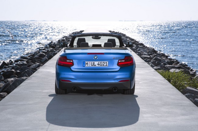 2015_bmw_2_series_convertible_009