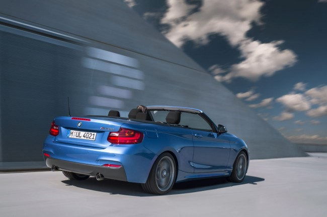2015_bmw_2_series_convertible_015