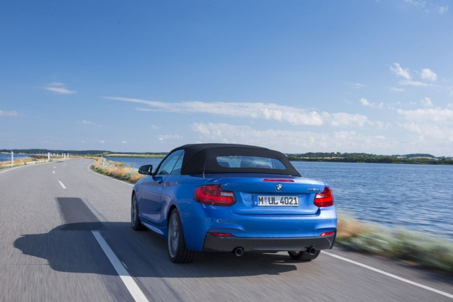 2015_bmw_2_series_convertible_018