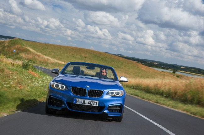 2015_bmw_2_series_convertible_020