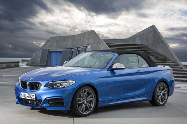 2015_bmw_2_series_convertible_023