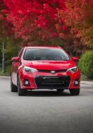 2015_Toyota_Corolla-4