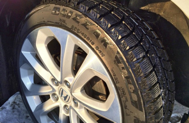 tire review nokian wr   weather tire year long test autosca