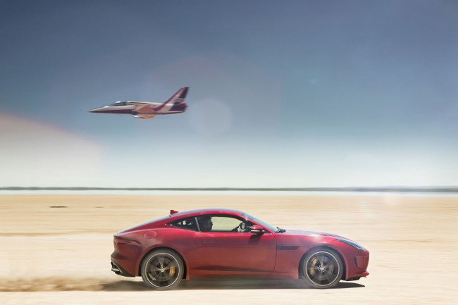 Jag_FTYPE_AWD_Bloodbound_Image_061114_05_(98343)