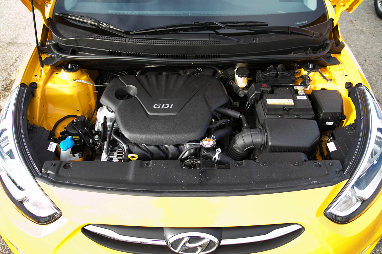 Hyundai Accent Engine