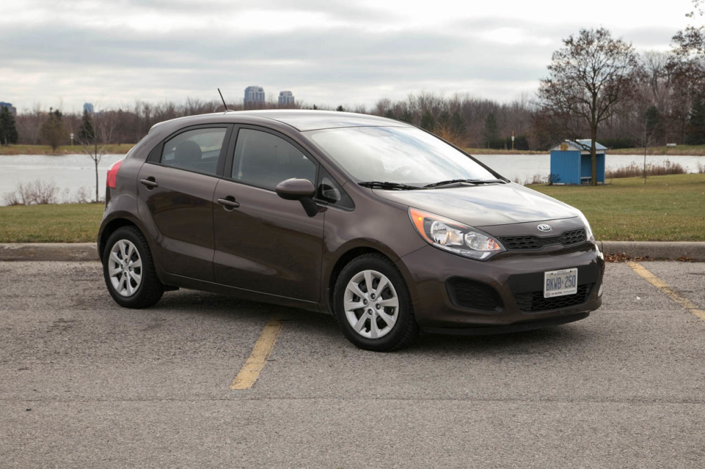 kia rio 5 door lx 2013 car specs and details. Black Bedroom Furniture Sets. Home Design Ideas