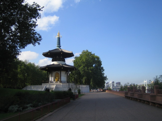 Peace_Pagoda_Battersea_Park