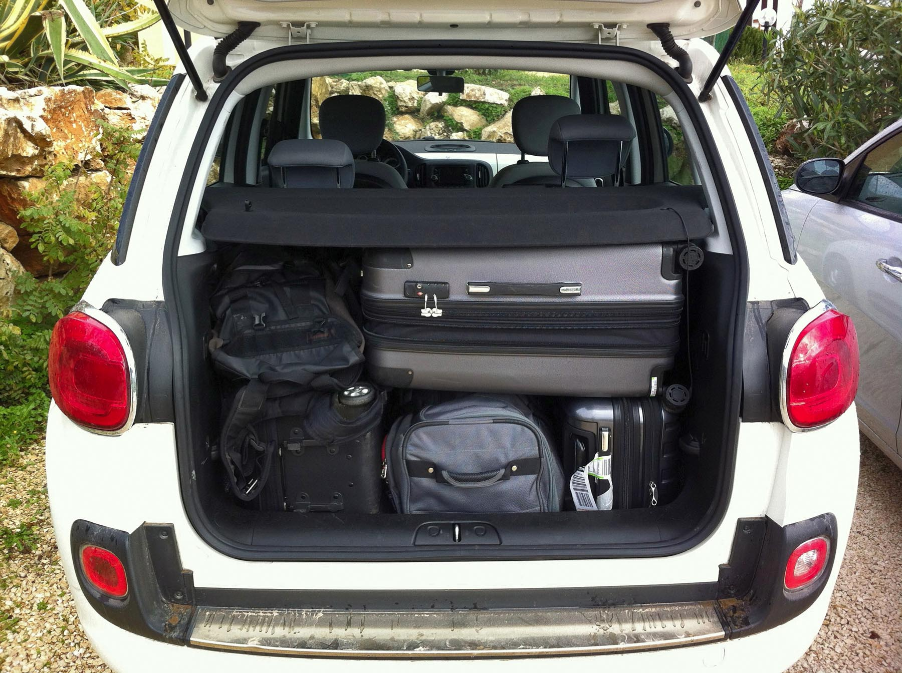 2015 fiat 500l diesel in sicily. Black Bedroom Furniture Sets. Home Design Ideas