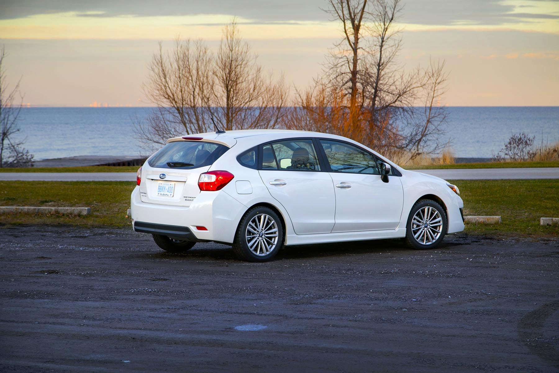 2015 Subaru Impreza 2.0i Limited 5-Door